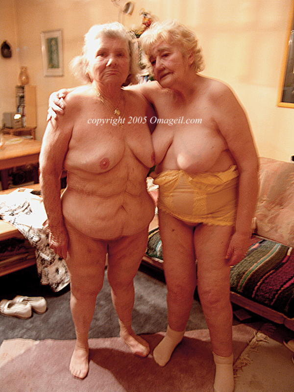 geil lesbians granny oma old Very