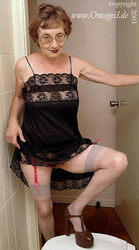 Porn oma geil cdn.dewtour.com