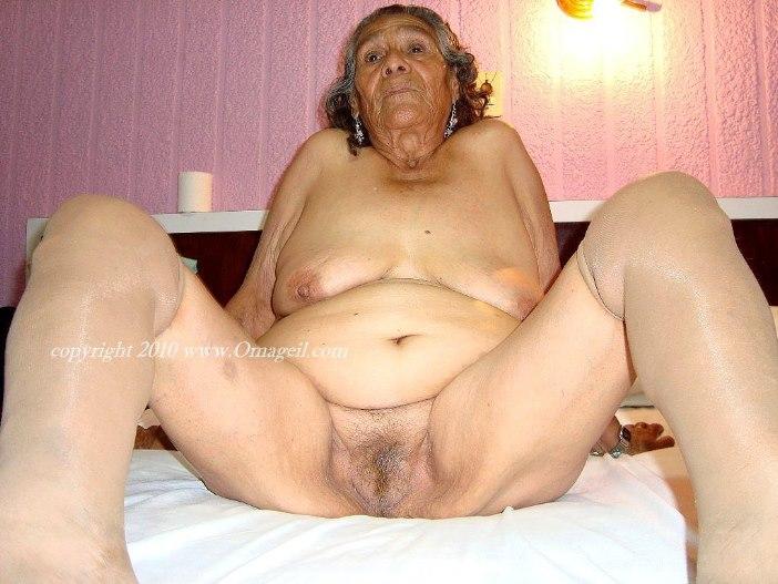 Very old oma geil granny lesbians