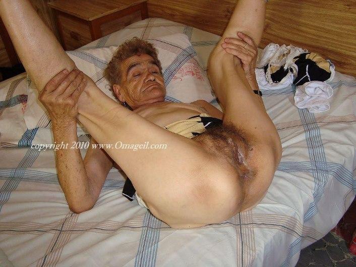 Black milf double penetration